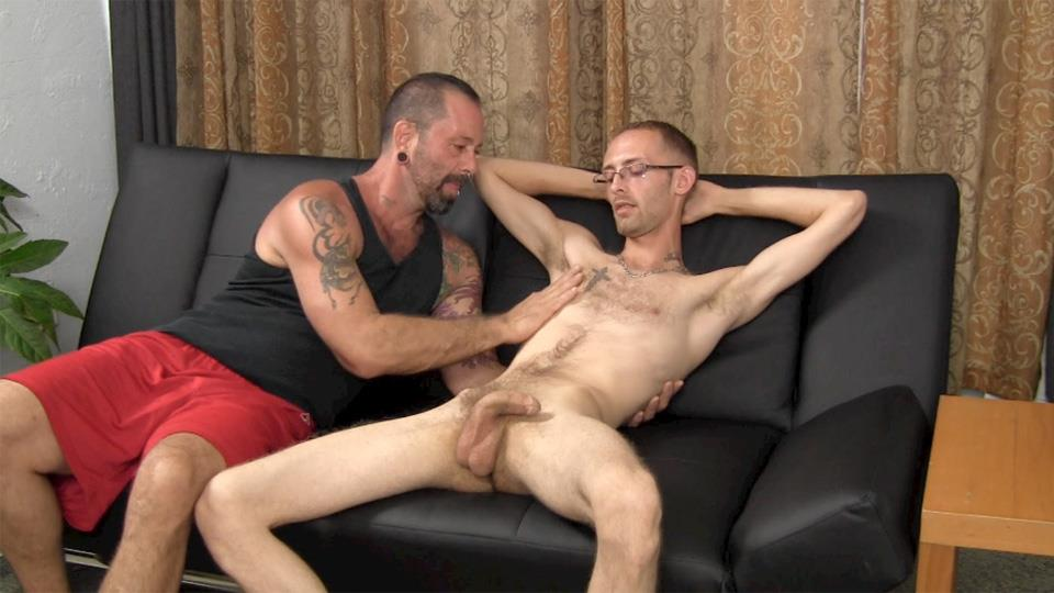 Straight Fraternity Older Hairy Muscle Bear Gets Barebacked by Younger Amateur Gay Porn 06