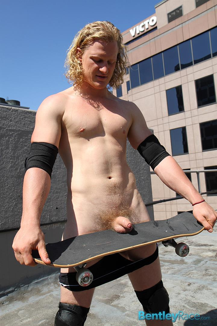 Bentley Race Shane Phillips Aussie Skater Showing Off His Hairy Uncut Cock Amateur Gay Porn 15