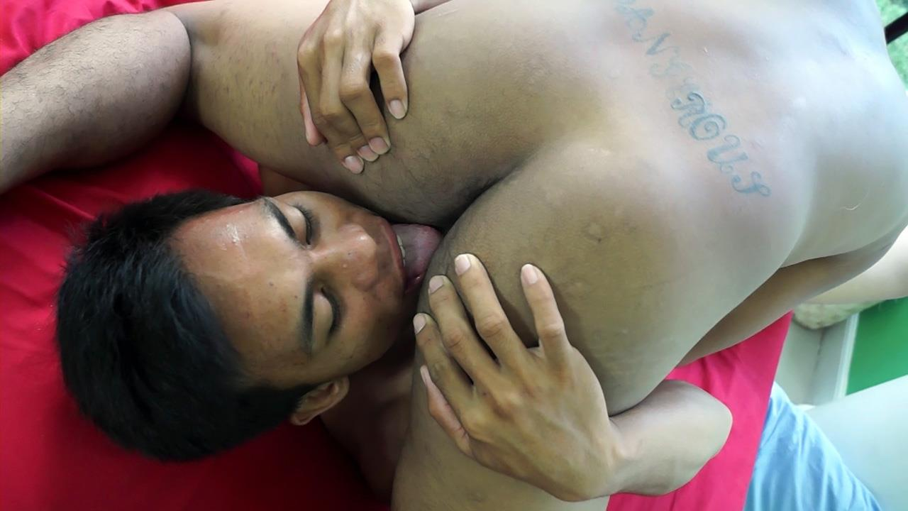 Gay Asian Twinkz Argie and Josh Big Asian Cocks Barebacking Twinks Amateur Gay Porn 31