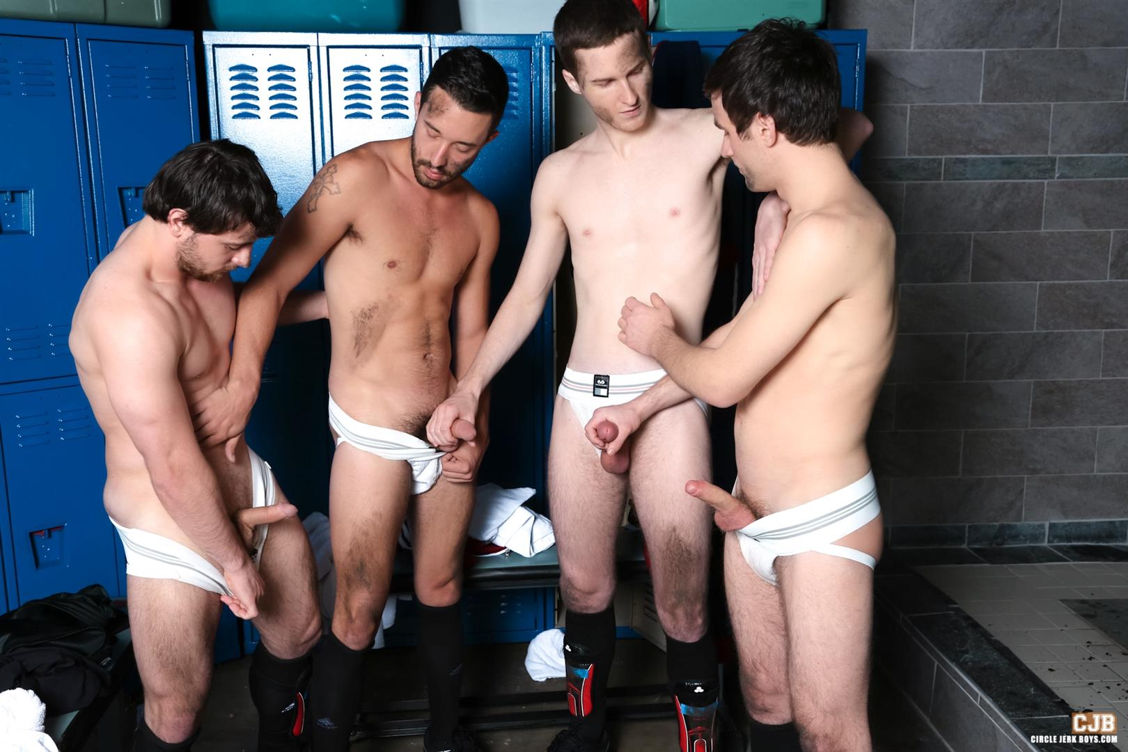 Circle Jerk Boys Andrew Collins and Isaac Hardy and Josh Pierce and Scott Harbor Soccer Guys Sucking Cock Amateur Gay Porn 04