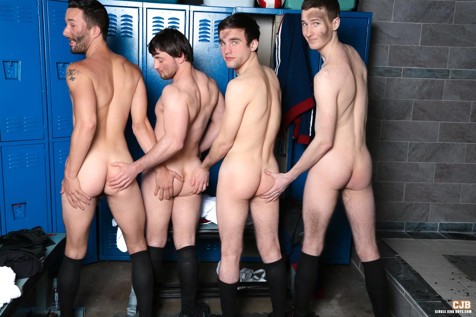 Circle Jerk Boys Andrew Collins and Isaac Hardy and Josh Pierce and Scott Harbor Soccer Guys Sucking Cock Amateur Gay Porn 12