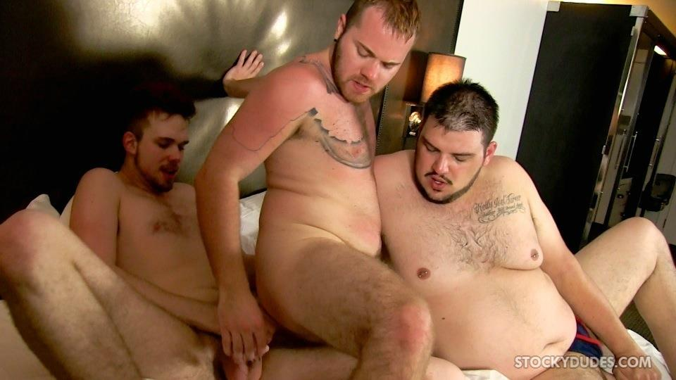 Stocky Dudes Brock Fulton and Craig Cruz and Zeke Johnson Chub Cub and Chaser Barebacking Amateur Gay Porn 21
