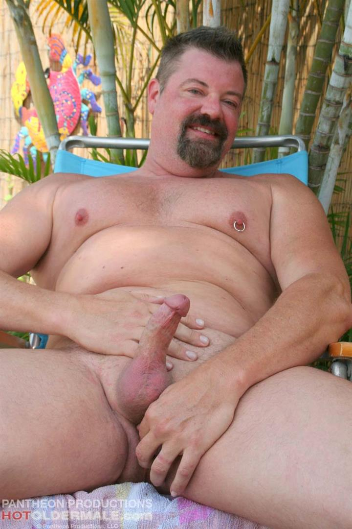 Hot Older Male Mitch Davis Beefy Chubby Smooth Daddy Jerking His Thick Cock Amateur Gay Porn 14