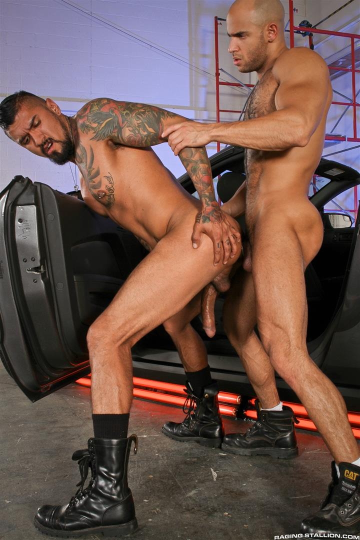 Raging Stallion Sean Zevran and Boomer Banks Bottoms For The First Time Big Uncut Cock Amateur Gay Porn 12