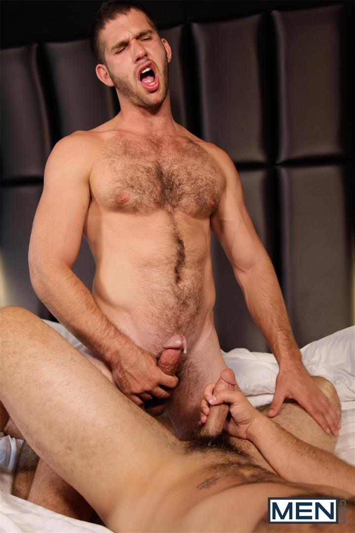 Men Derek Atlas and Jimmy Fanz Hairy Muscle Hunks Big Cocks Fucking Amateur Gay Porn 19
