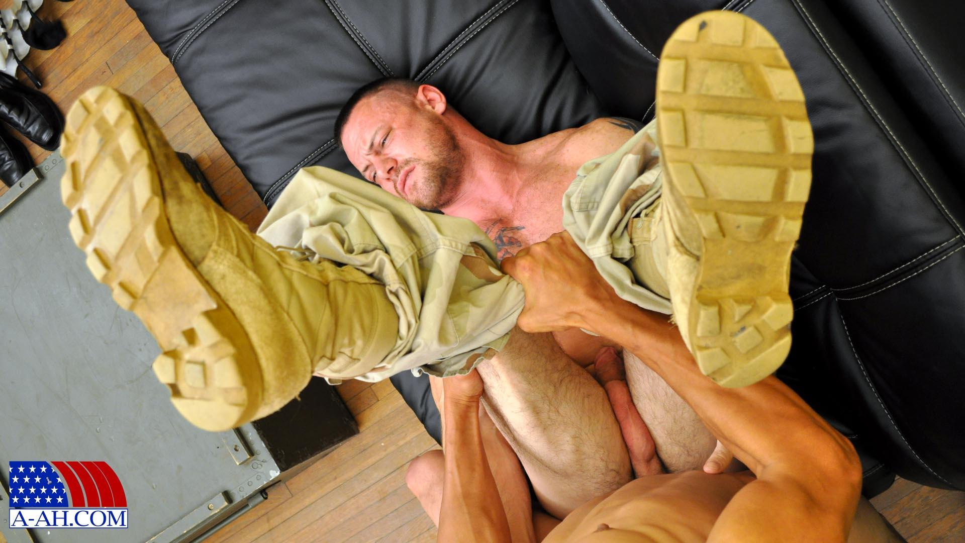 All American Heroes Navy Petty Officer Eddy fucking Army Sergeant Miles Big Uncut Cock Amateur Gay Porn 07