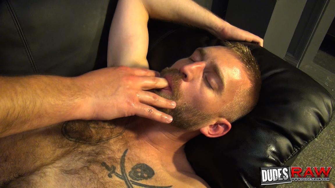 Dudes Raw Kodah Filmore and James Roscoe Barebacking A Hairy Ass Piggy Sex Amateur Gay Porn 19