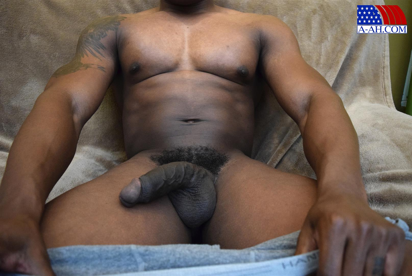 All American Heroes Sean Muscle Navy Petty Officer Jerking Big Black Cock Amateur Gay Porn 09