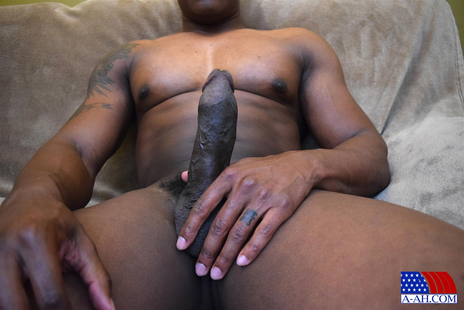 All American Heroes Sean Muscle Navy Petty Officer Jerking Big Black Cock Amateur Gay Porn 11