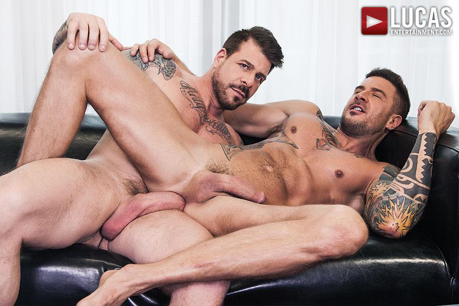 Lucas Entertainment Rocco Steele and Dolf Dietrich Big Cock Barback Muscle Hunks Amateur Gay Porn 09