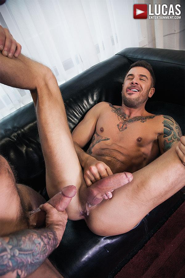 Lucas Entertainment Rocco Steele and Dolf Dietrich Big Cock Barback Muscle Hunks Amateur Gay Porn 10