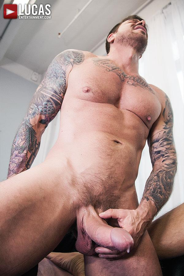 Lucas Entertainment Rocco Steele and Dolf Dietrich Big Cock Barback Muscle Hunks Amateur Gay Porn 11
