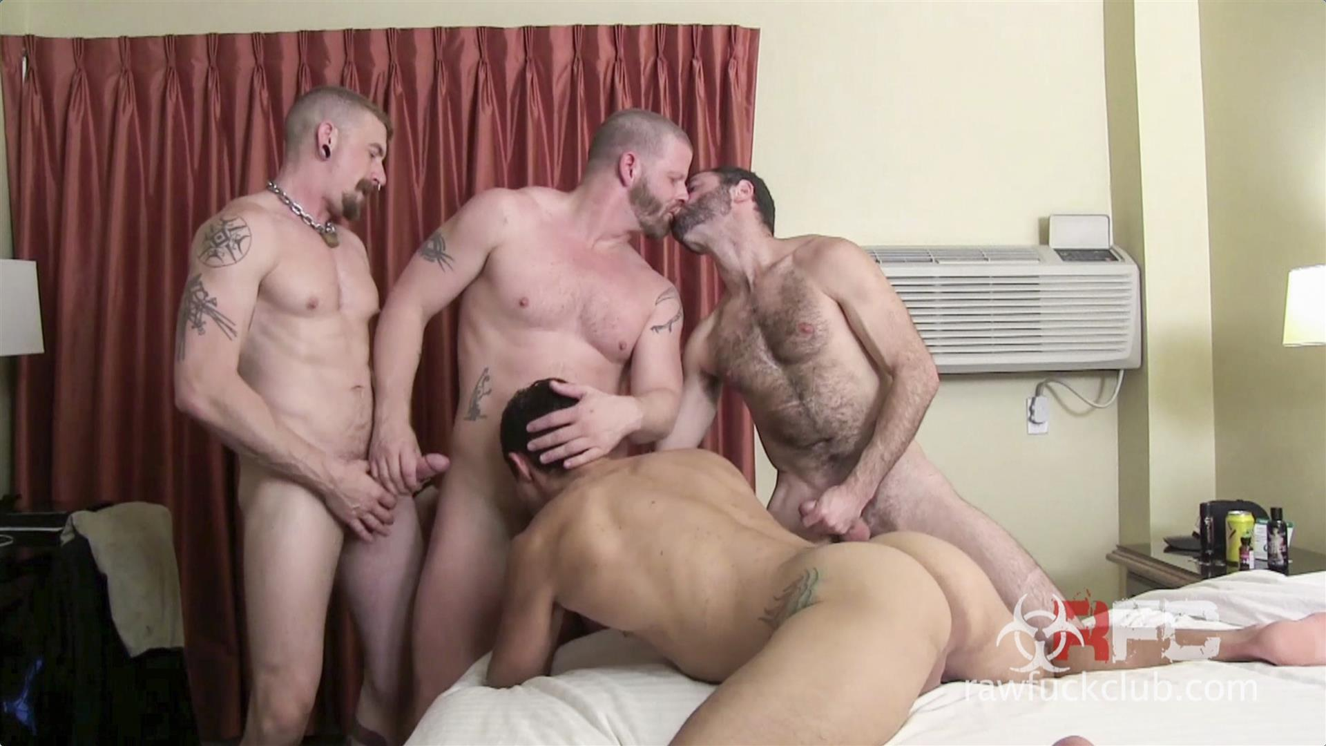 Raw Fuck Club Dylan Saunders and Dusty Williams and Jeff Kendall and Jeremy Stevens BBBH Amateur Gay Porn 10