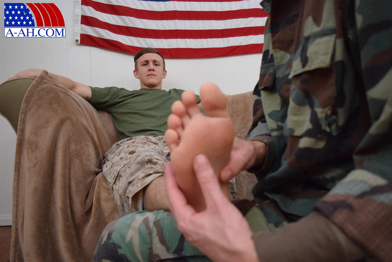 All American Heroes Jett and Alex Naked Army Guy Gets First Gay Blowjob Amateur Gay Porn 03