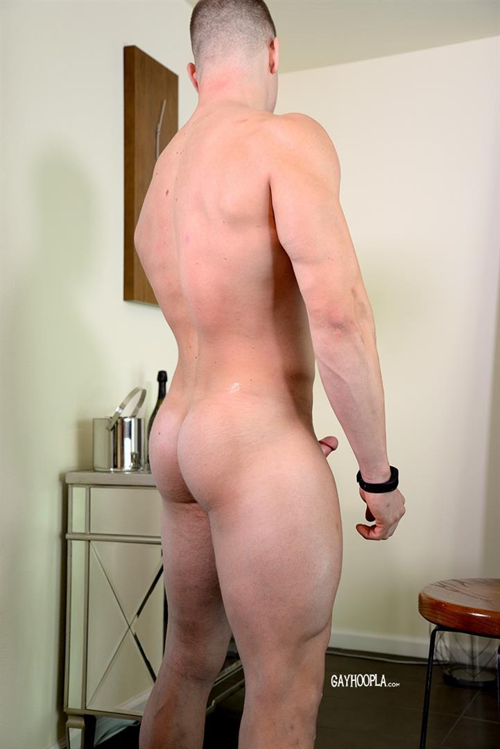 Gay Hoopla Miles Houston American Bodybuilder Jock Jerking Off Amateur Gay Porn 12