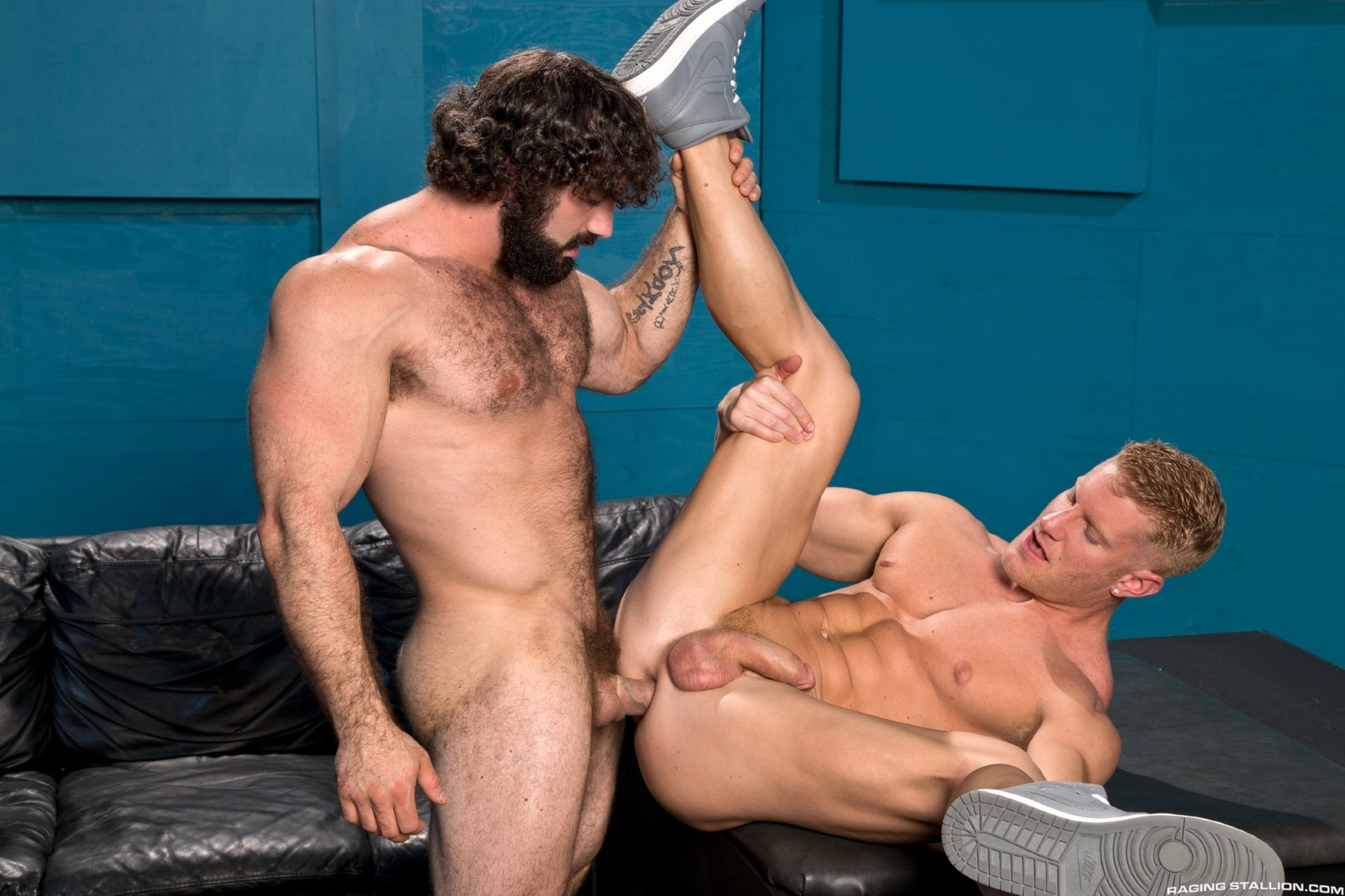 Raging Stallion Johnny V and Jaxton Wheeler Hairy Muscle Hunk Fucking Amateur Gay Porn 09