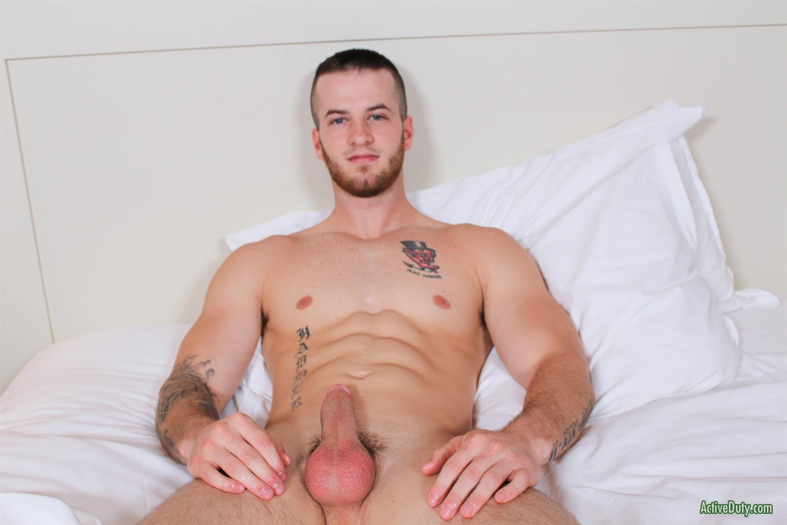 Active Duty Quentin Muscular Naked Army Soldier Masturbating Big Cock Amateur Gay Porn 12