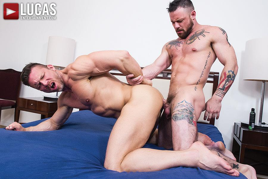 Lucas Entertainment Sergeant Miles and Tomas Brand Military Guy Gets Big Uncut Cock Bareback Amateur Gay Porn 09