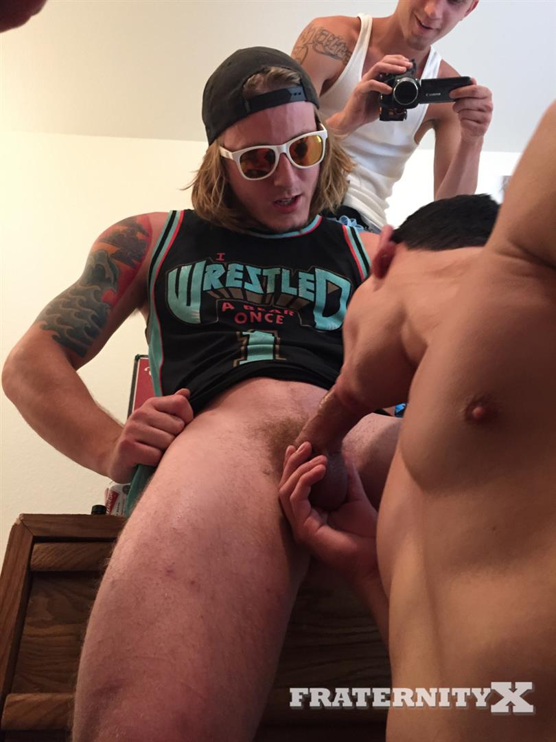 Fraternity X Naked Frat Guys Bareback Sex Party Amateur Gay Porn 06