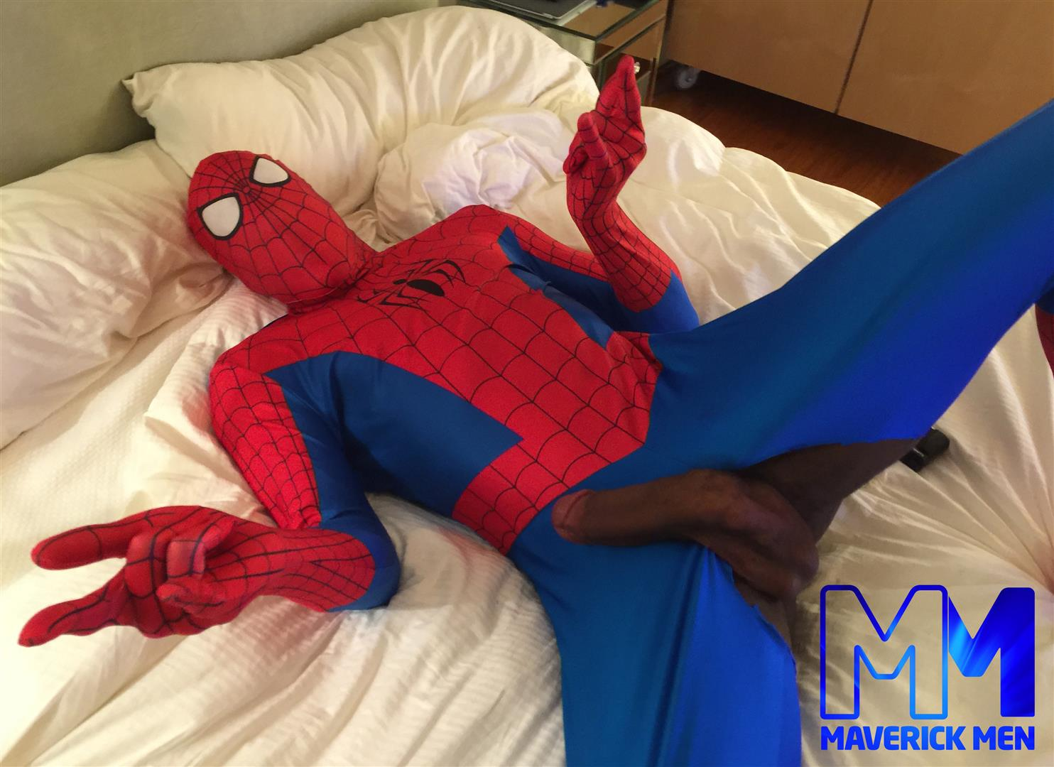 Maverick Men Spiderman With A Big Black Dick Bareback Threesome Amateur Gay Porn 01