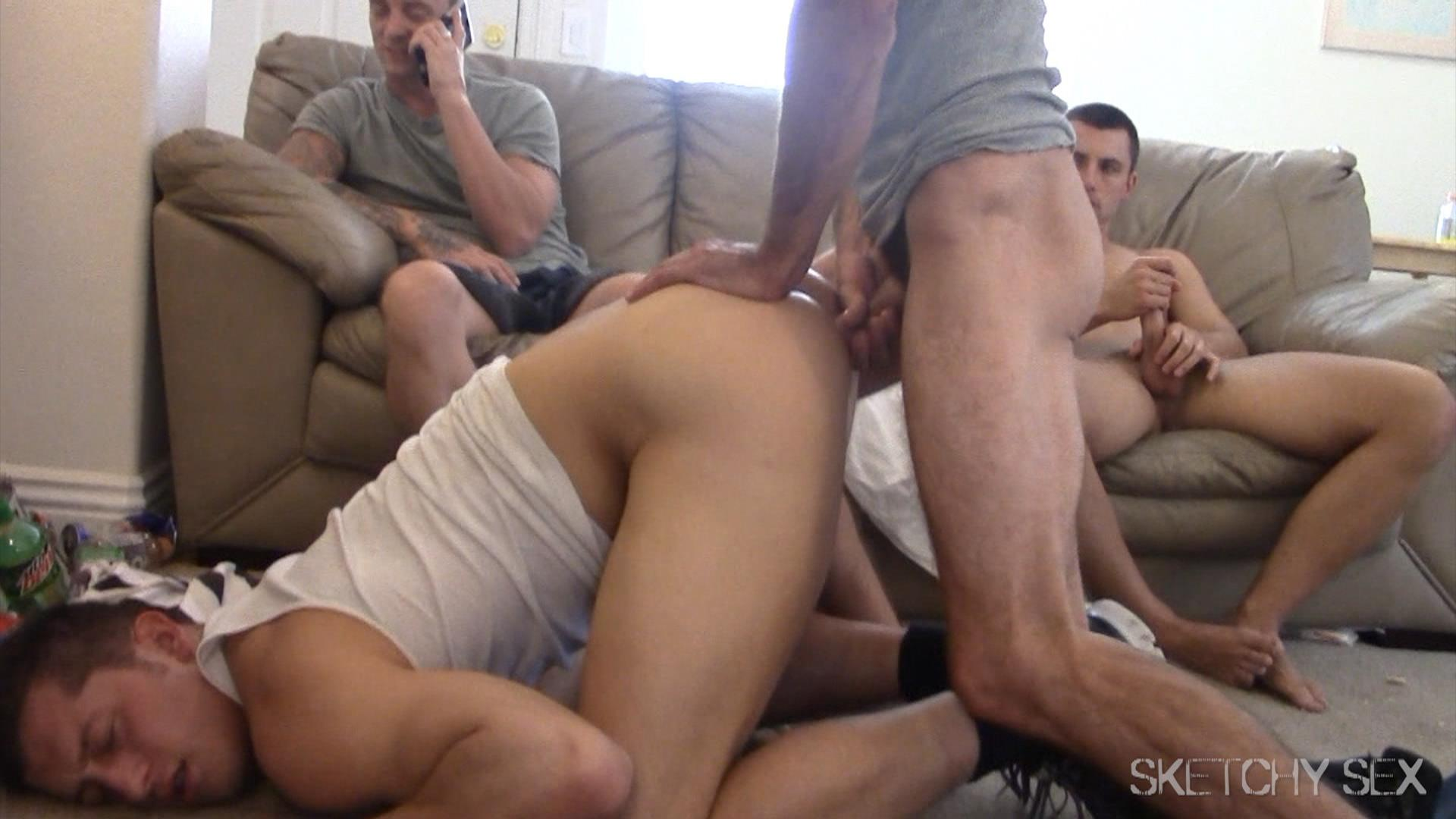 Sketchy Sex Anonymous Bareback Sex Party Amateur Gay Porn 10