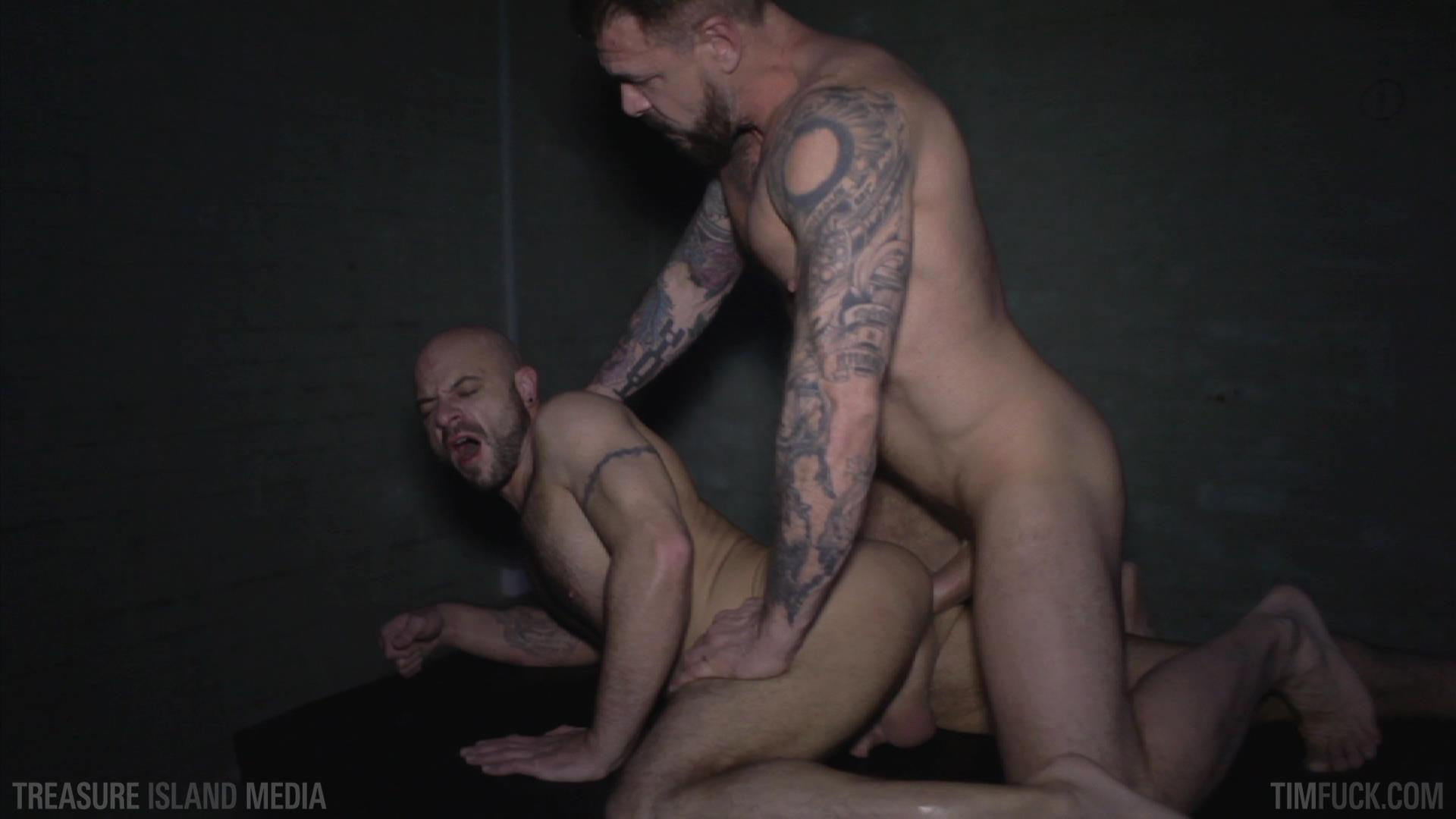 Treasure Island Media TimFuck Rocco Steele and Ben Statham Bareback Amateur Gay Porn 32