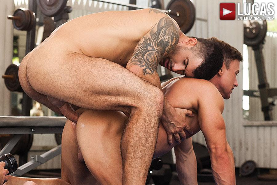 Lucas Entertainment Alexander Volkov and Adam Killian Muscule Bareback Fuck Amateur Gay Porn 06